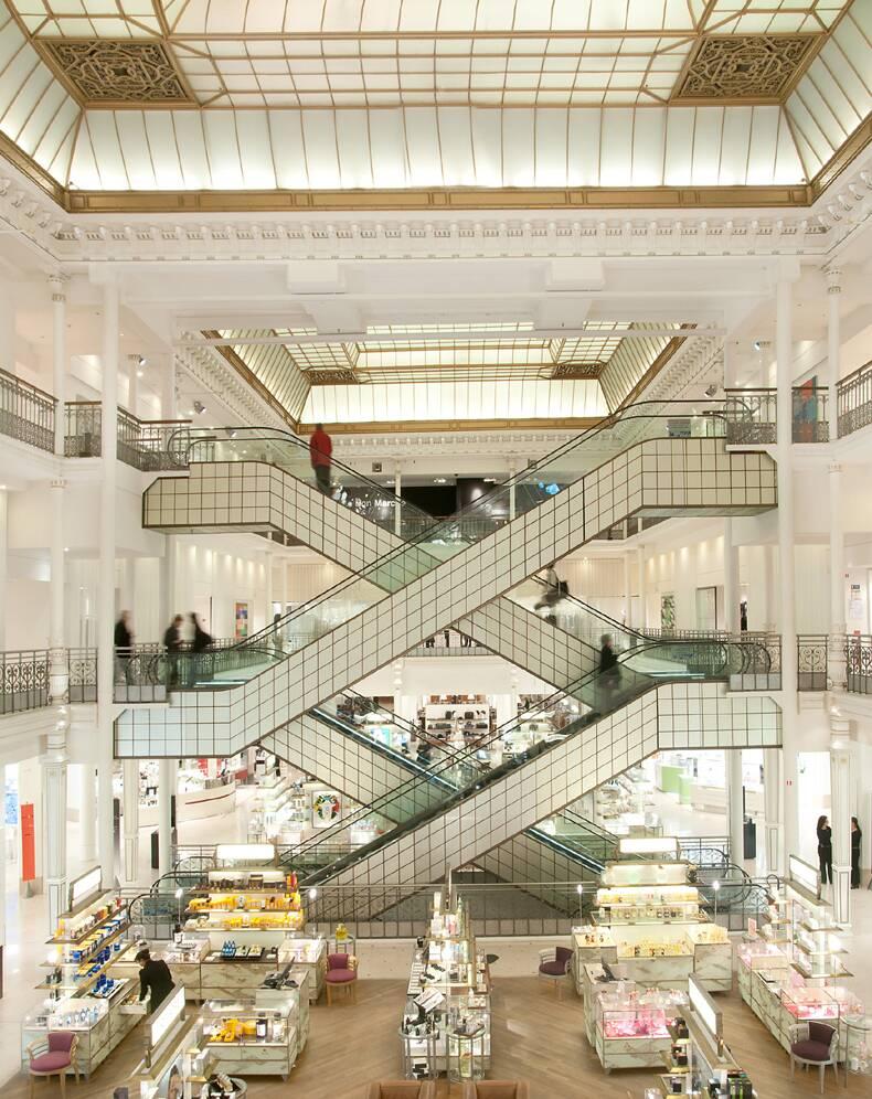 Le bon march parisian department store selective retailing lvmh - Le bon marche luminaires ...
