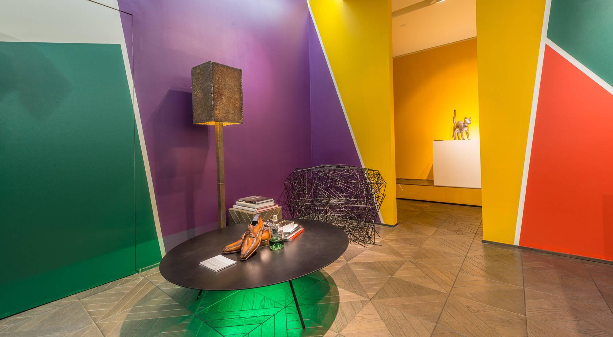 Louis vuitton berluti et fendi entre design et artisanat for Difference design et artisanat