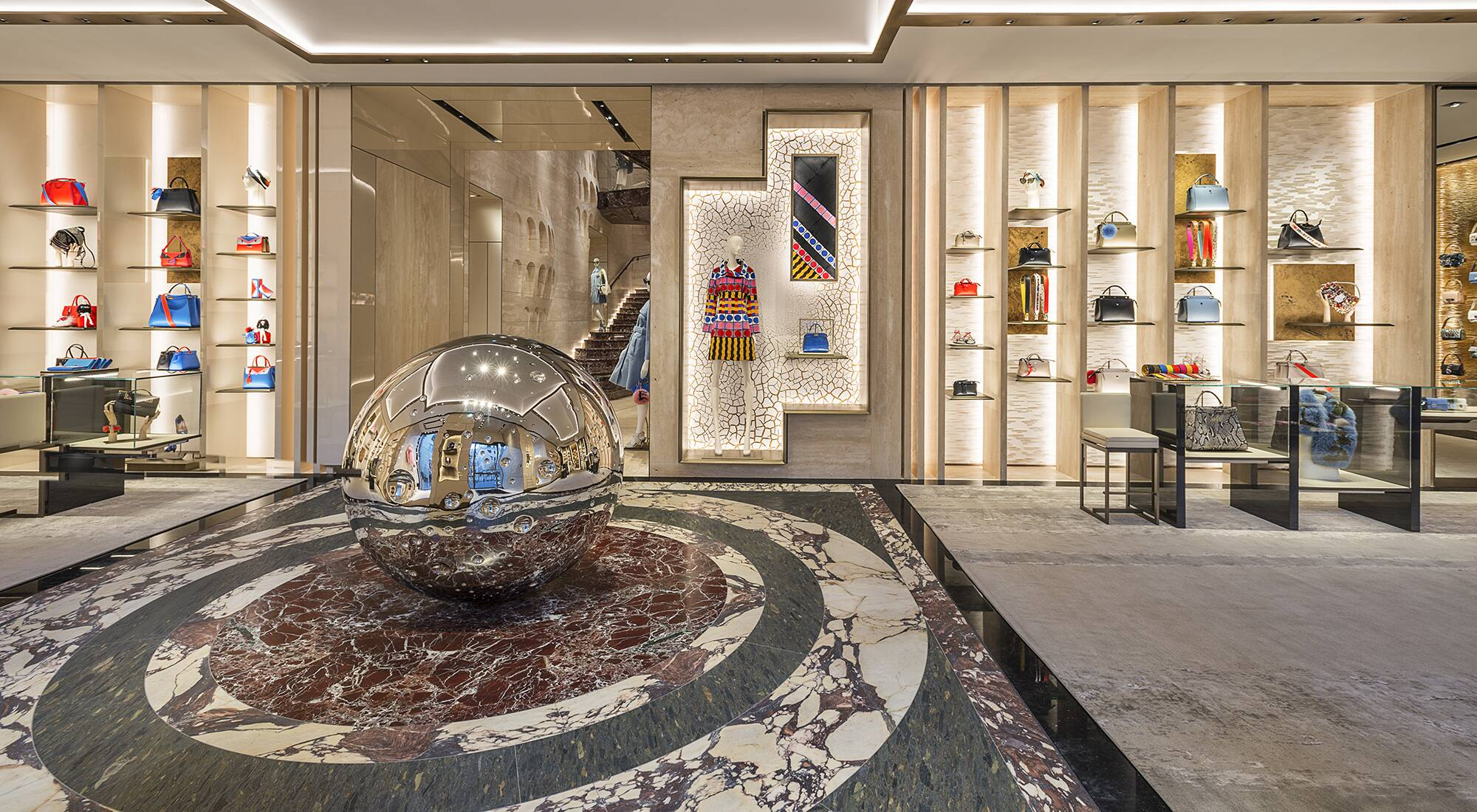 Fendi unveils new palazzo in the heart of rome lvmh for Boutique rome