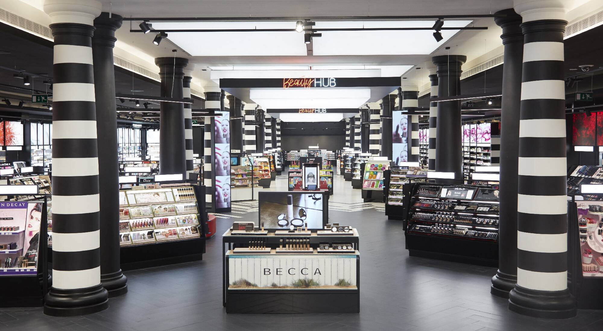 Discover the latest in beauty at Sephora. Explore our unrivaled selection of makeup, skin care, fragrance and more from classic and emerging brands.