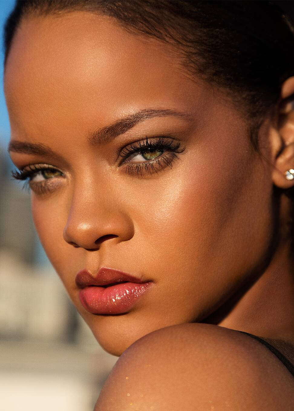 rihanna fenty beauty line skin lips cosmetics identity absolutely need summer things fentybeauty rihannas sephora theplace2 society19 lvmh