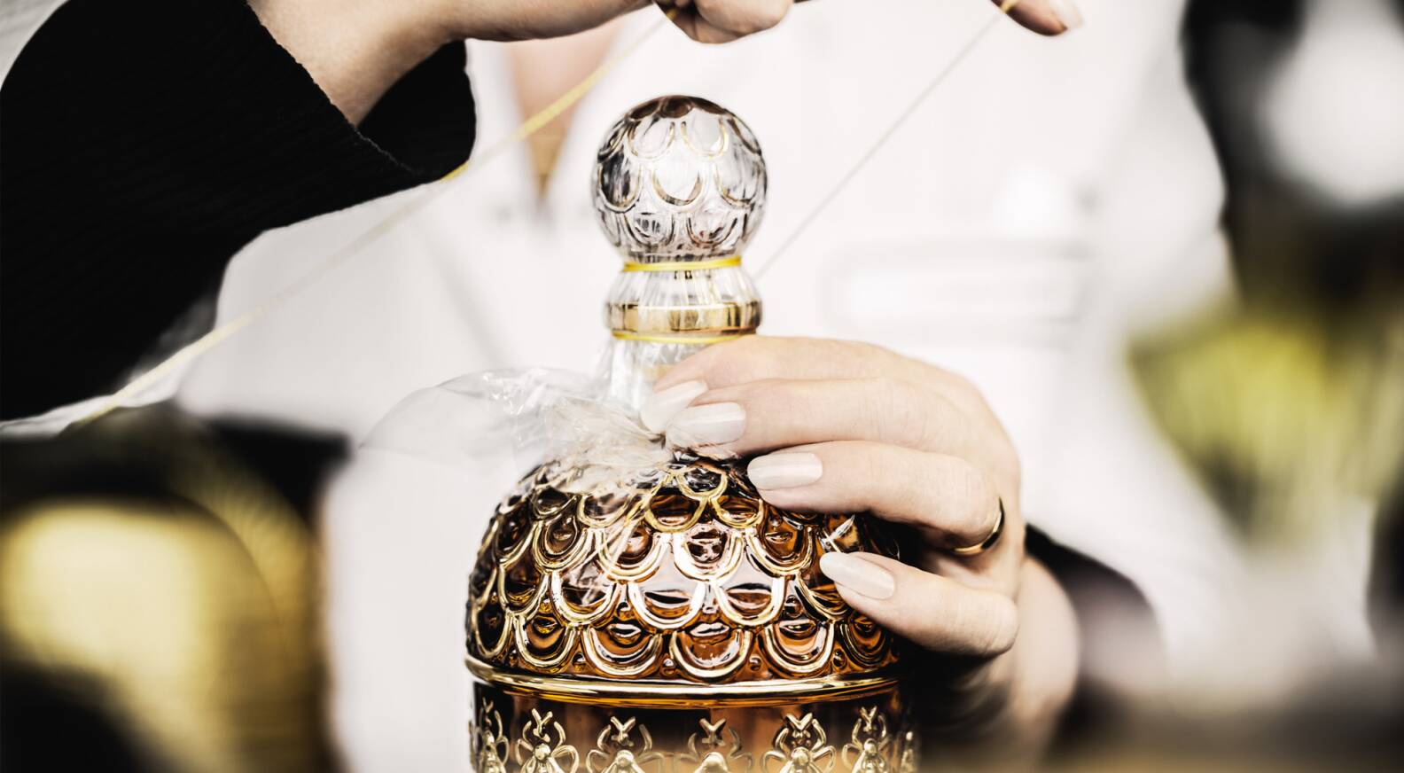 190 Guerlain Years Creation Lvmh Celebrates Of kPZiXu