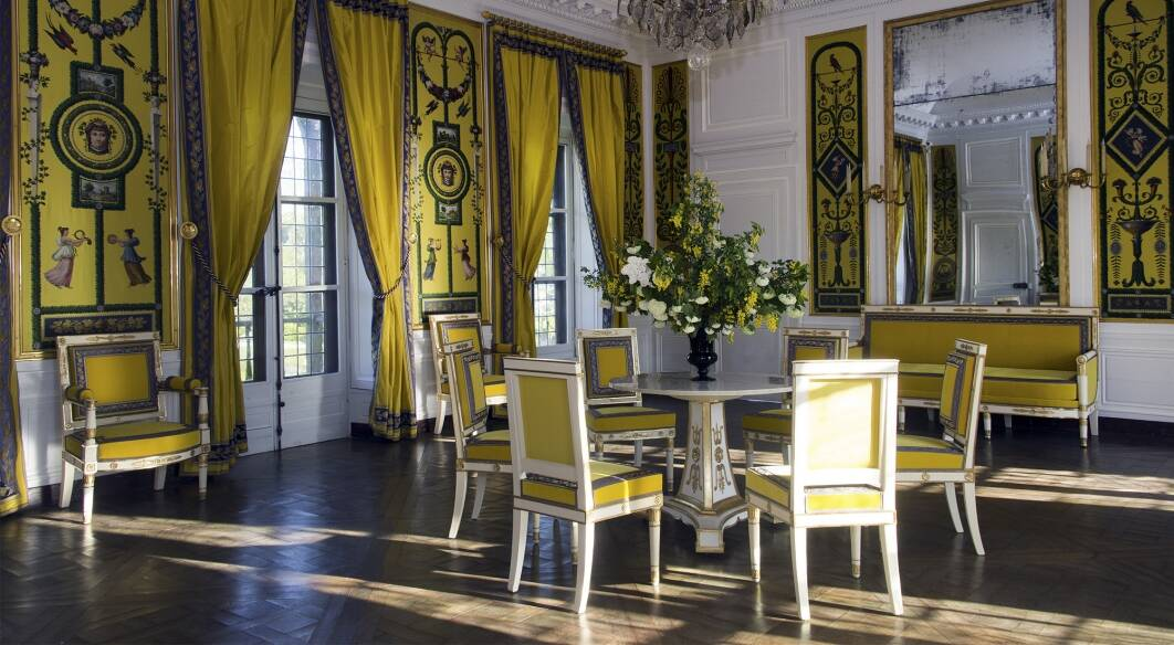 Queen S House In Versailles Reopens After Renovation And
