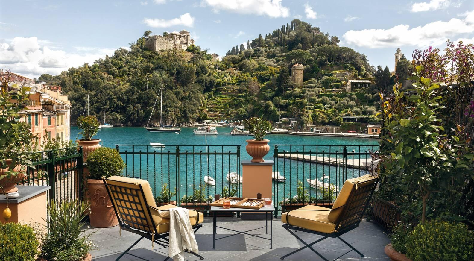 A Portofino riaprono le porte dello Splendido Mare, l'emblema dell'eleganza  italiana - LVMH